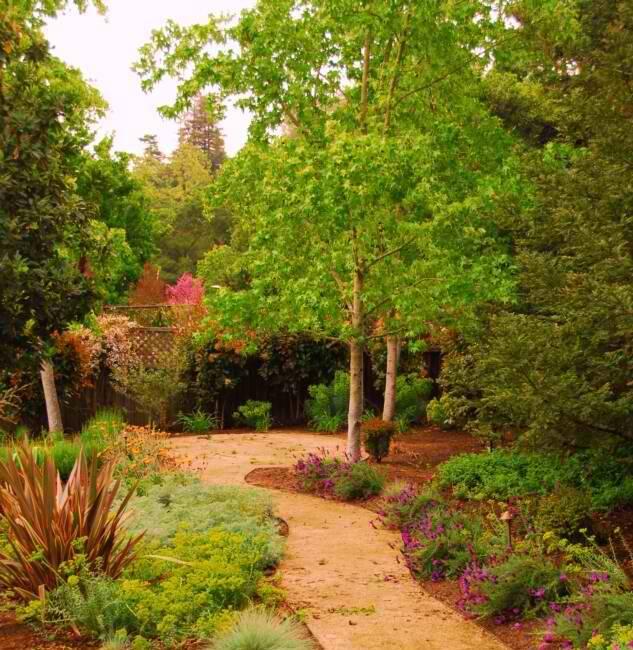 Different landscape design for your modular home for Different landscape design