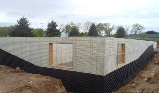 Poured concrete foundation versus block foundation for Concrete block basement