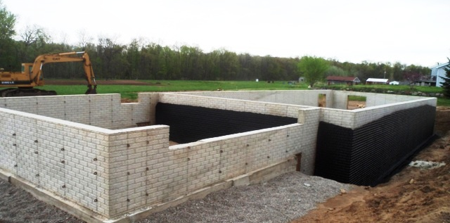 Modular home foundation difference between poured for Concrete block basement